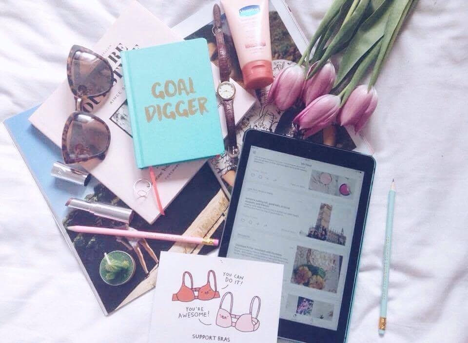 11 Bloggers You Should Be Following
